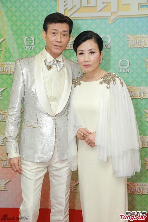 Gần 50 năm hợp tác ở TVB, Trịnh Thiếu Thu và Uông Minh Thuyên hiện giờ là những người bạn trung niên thân thiết ngoài đời. Thỉnh thoảng, họ dự chung sự kiện hoặc làm khách mời trong concert của nhau.
