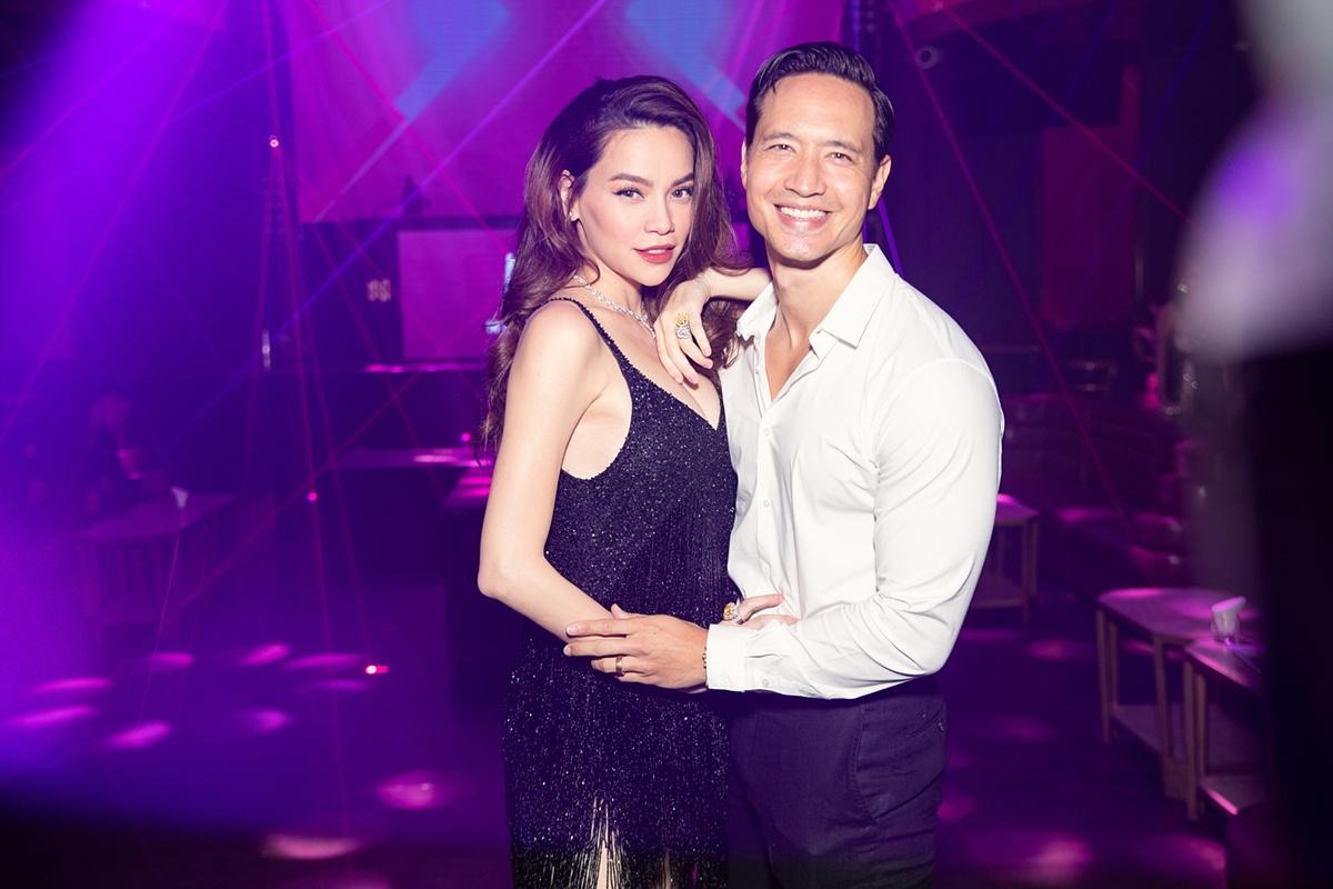 Hà Hồ bên bạn trai Kim Lý.
