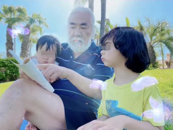 Trương Kỷ Trung bên con trai riêng của bạn đời (ngoài cùng bên phải) và con trai của mình.