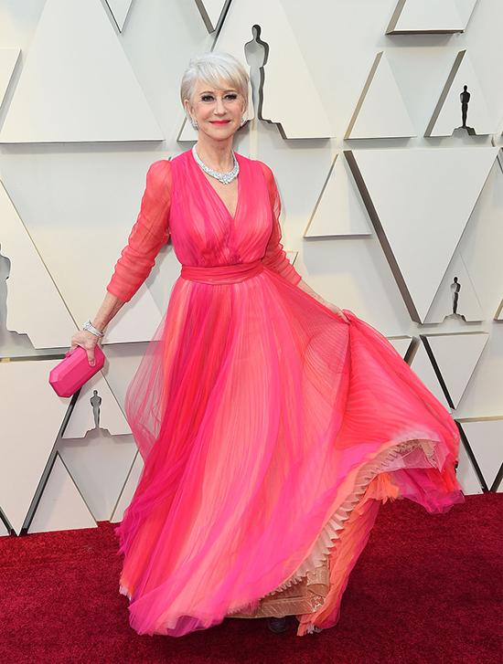 Helen Mirren in Schiaparelli Haute Couture at Oscar 2019