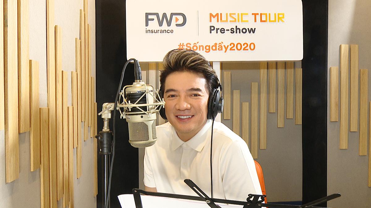 Ông hoàng nhạc Việt Đàm Vĩnh Hưng là người chốt lại chuỗi livestream FWD Music Tour Pre-show.