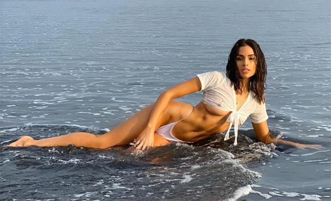 Olivia Culpo ngày càng xinh đẹp, nóng bỏng sau 8 năm đăng quang Miss Universe.