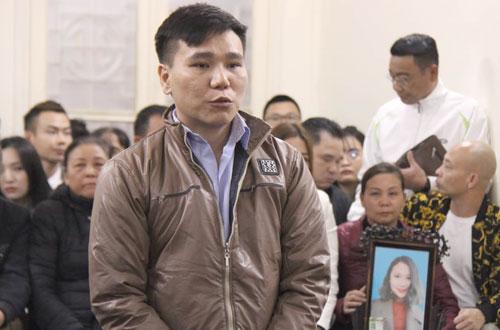 Ca sĩ Châu Việt Cường trong phiên toà sơ thẩm xét xử tội Giết người, năm 2019.