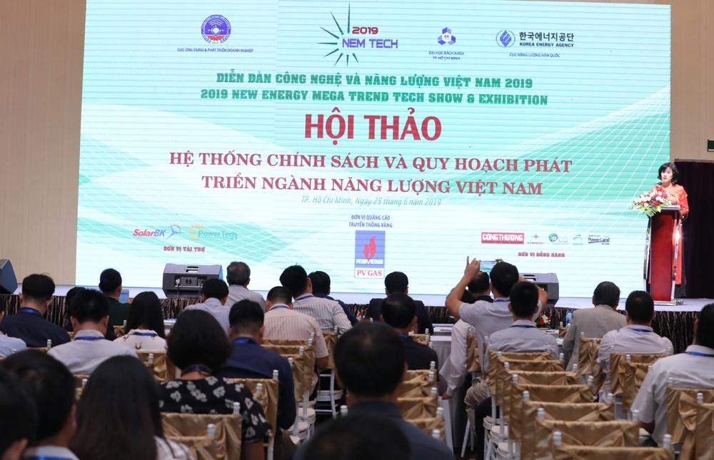 Diễn đàn Công nghệ và Năng lượng Việt Nam năm 2019 bàn về hệ thống chính sách và quy hoạch phát triển ngành năng lượng Việt Nam.