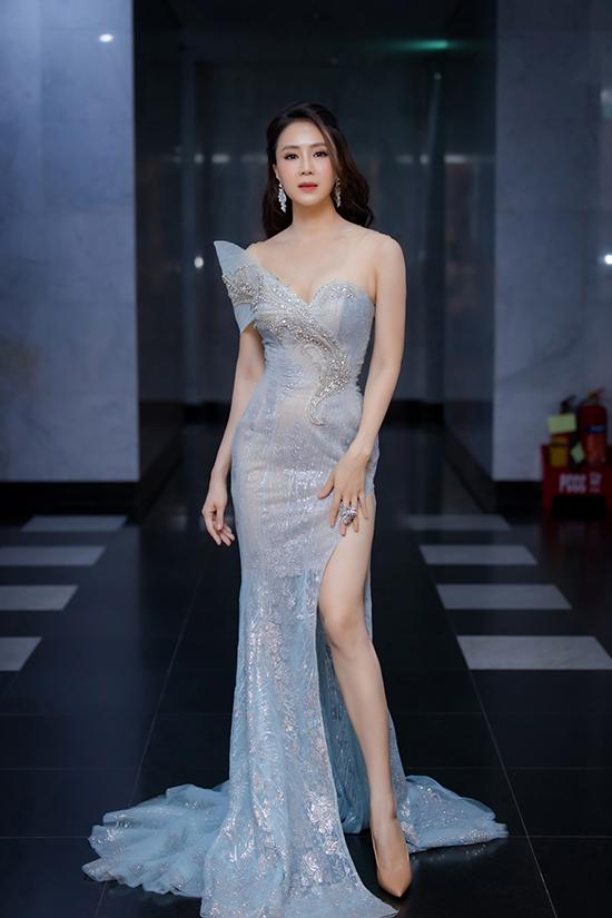 Hồng Diễm tại lễ trao giải VTV Awards 2020.