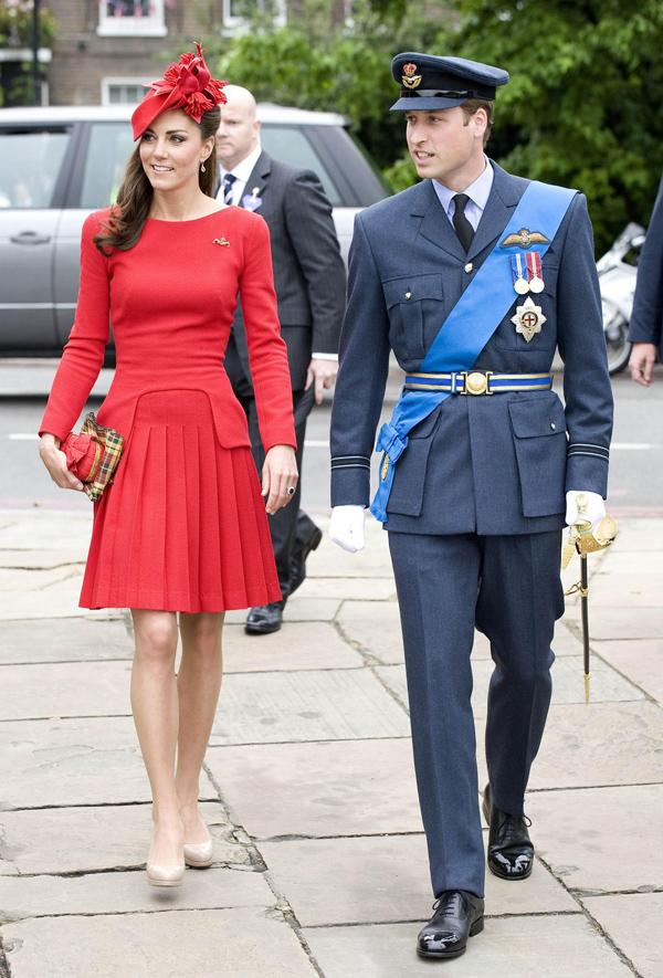 Kate Middleton nhiều lần được trông thấy mặc đồ màu đỏ từ khi làm dâu hoàng gia.