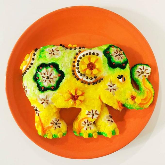 Để đảm bảo sức khoẻ cho gia đình - những thực khách chính của các tác phẩm của mình, Jolanda cho biết: Tôi chủ yếu sử dụng rau, nước sốt cà chua, màu thực phẩm tự nhiên, nước tương và gia vị để tạo màu cho món ăn. Mọi thứ trên đĩa đều có thể ăn được.