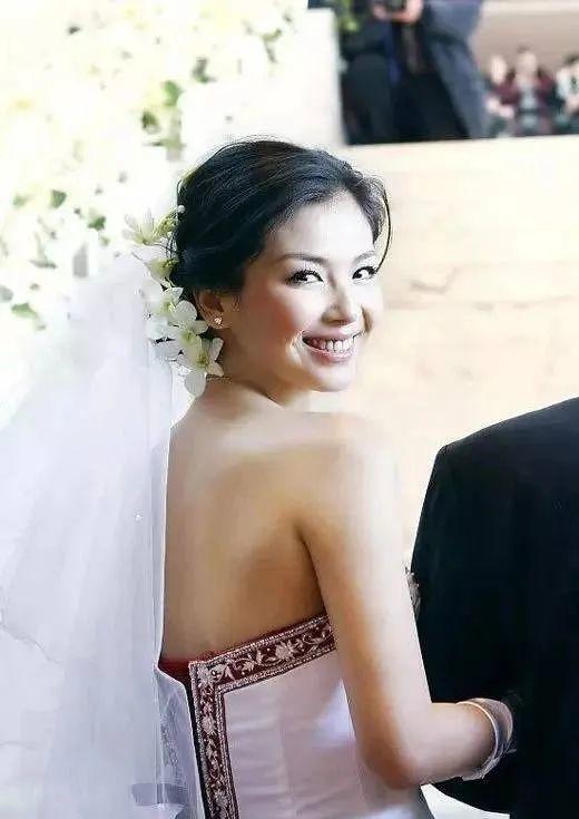 Giấc mộng giàu sang tan vỡ, nhưng với Lưu Đào, Vương Kha vẫn là người chồng duy nhất.