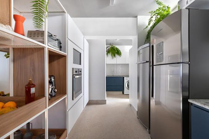 Phòng giặt là nằm ở cuối của khu bếp, có diện tích vừa đủ đáp ứng nhu cầu sử dụng.