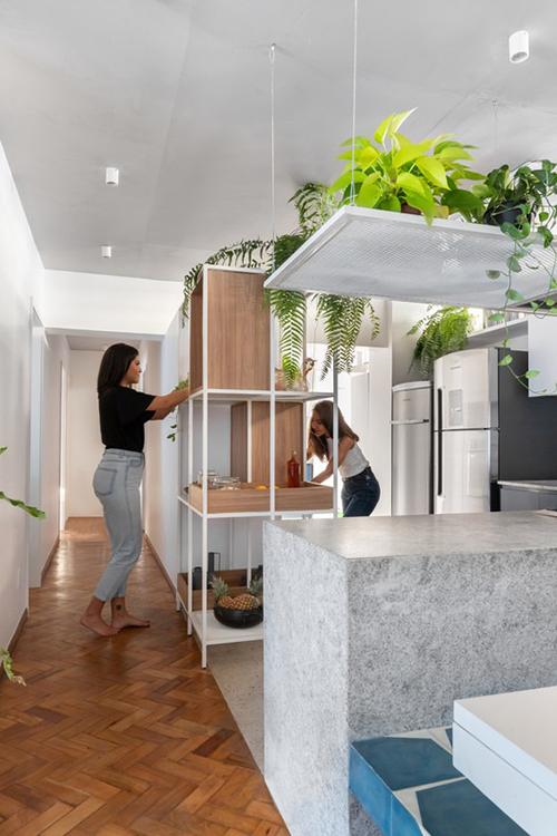 Nhóm KTS còn tạo không gian trồng cây ngay bên trong bếp.