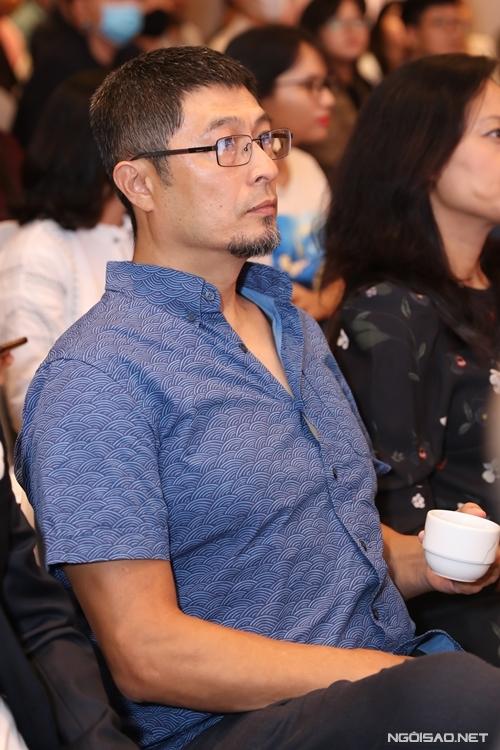 Trong đợt dịch thứ hai, đạo diễn Charlie Nguyễn hợp tác với đạo diễn Đức Thịnh bấm máy phim Người cần quên phải nhớ. Tính đến nay, đây là một trong ba phim Việt được ấn định ngày ra rạp.