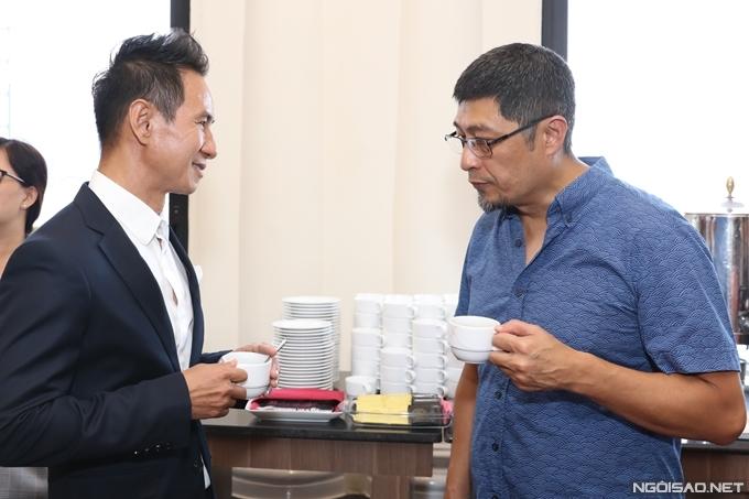 Đạo diễn Lý Hải gặp gỡ đạo diễn Charlie Nguyễn.