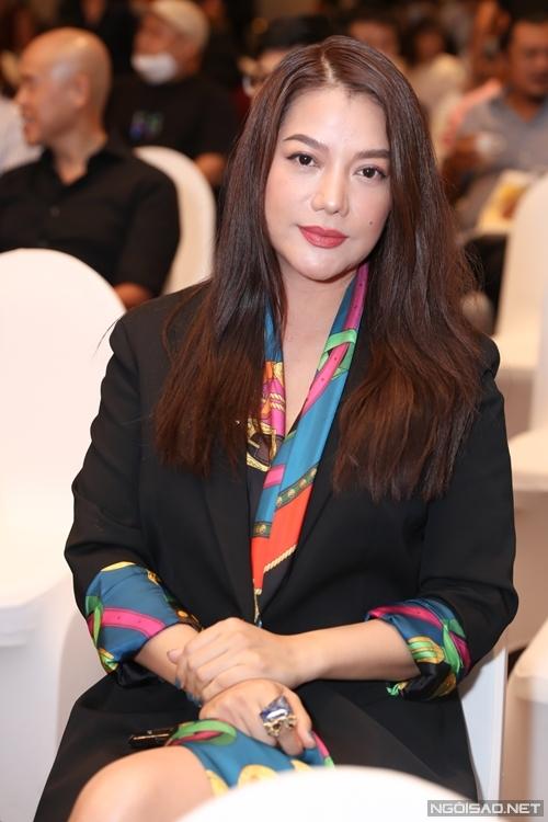 Do Covid-19, dự án điện ảnh Trưng Vương của Trương Ngọc Ánh gặp một số trục trặc. Các chuyên gia nước ngoài của phim chưa thể sang Việt Nam để hỗ trợ êkíp.
