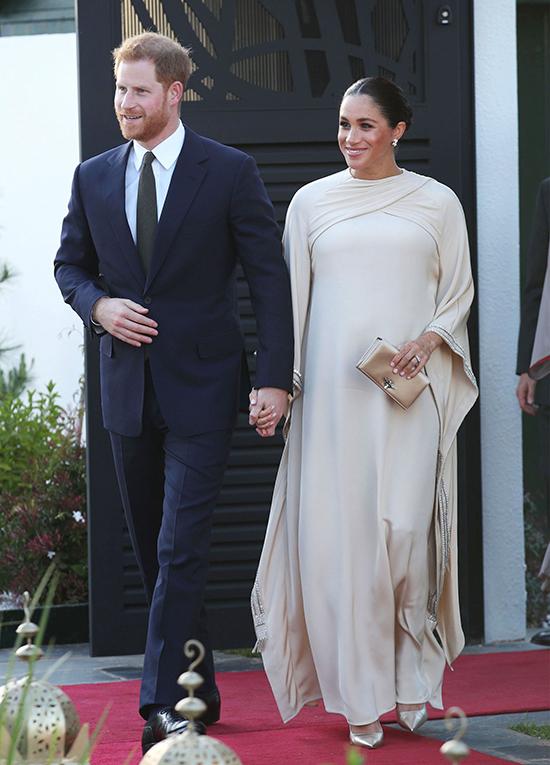 Trong thời gian phục vụ hoàng gia, Tối 24/2/2019, cặp vợ chồng hoàng gia dự tiệc chiêu đãi tại dinh thự của đại sứ Anh ở thủ đô Rabat, Morocco. Nữ công tước diện bộ váy bằng lụa cao cấp đính pha lê do thương hiệu Dior thực hiện riêng, lấy cảm hứng từ kaftan - trang phục truyền thống của phụ nữ Morocco. Đầm Dior: khoảng 90.000 bảng (khoảng 2,7 tỷ đồng).