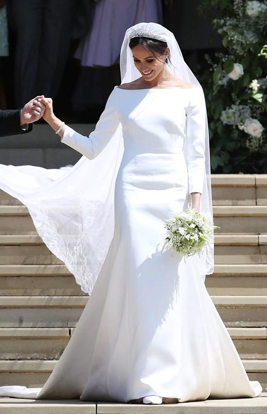 Tháng 5/2018, váy cưới Givenchy
