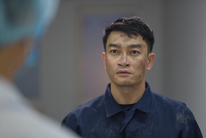 Quốc Thái trong vai Minh, đội trưởng đội cảnh sát PCCC tận tâm với nghề những có đời sống riêng phức tạp.