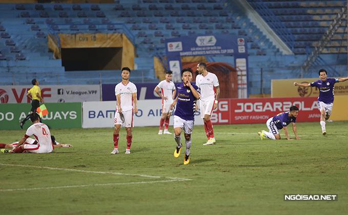 Quang Hải mừng bàn thắng vào lưới Viettel ở trận chung kết Cup Quốc gia 2020. Ảnh: Đương Phạm.