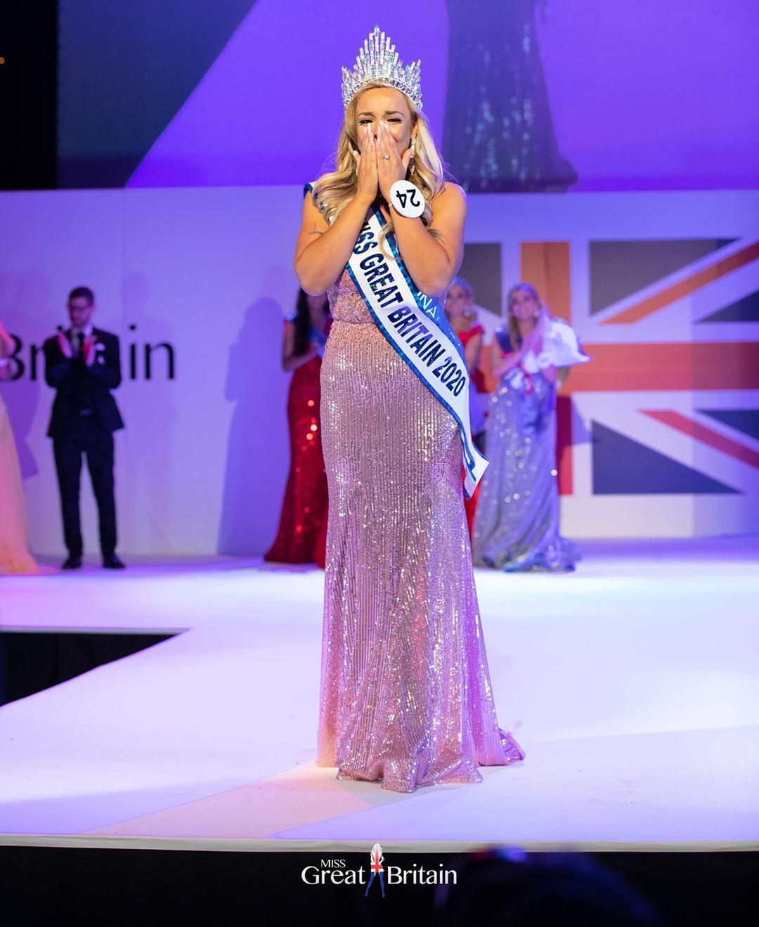 Giảm cân thành công giúp Jen tự tin tham gia nhiều cuộc thi nhan sắc và đăng quang Hoa hậu Anh 2020.