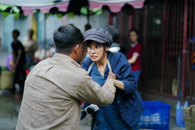 Đóng chính phim này, Hoàng Yến Chibi lần đầu thoát khỏi hình ảnh nữ sinh nhẹ nhàng để hóa thân thành cô nàng mê mạo hiểm, thích động thủ, có nhiều cảnh hành động.