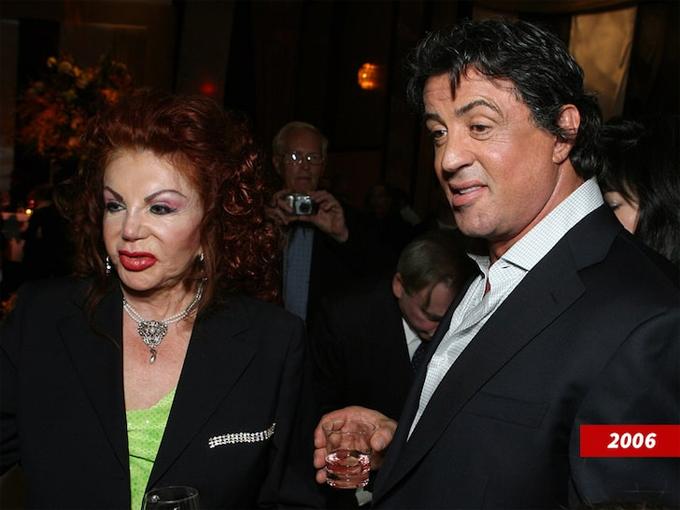 Bà Jackie Stallone và con trai cả - tài tử Sylvester Stallone.