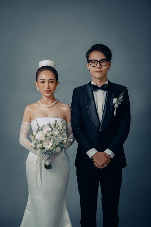 Nhân một năm ngày cưới (9/9/2019-9/9/2020), Joyce Phạm - con gái Minh Nhựa và chồng Thành Tâm đã chụp bộ hình kỷ niệm.
