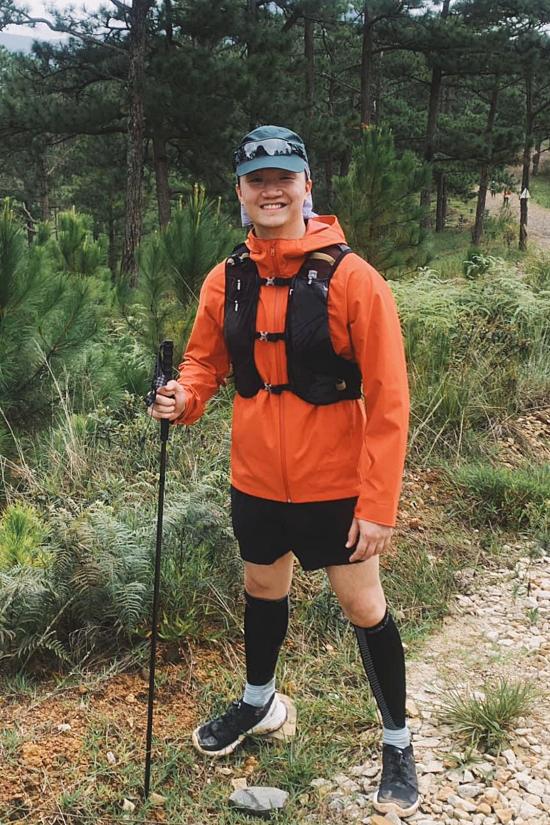 Nam doanh nhân còn đam mê thể thao, trong đó có trekking (hình thức du lịch mạo hiểm ngoài trời ở những nơi hoang dã).
