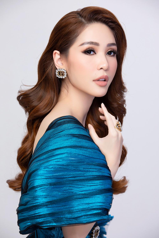 CEO Lê Nguyễn Lâm Ngân sở hữu phong cách sành điệu.