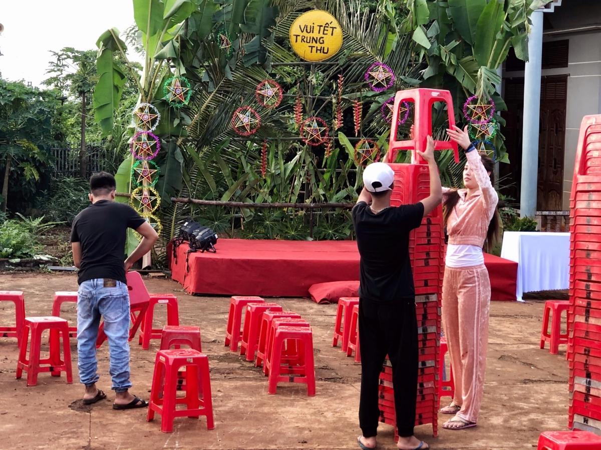 HHen Niê, Khánh Vân tổ chức trung thu ở Đắk Lắk - 16