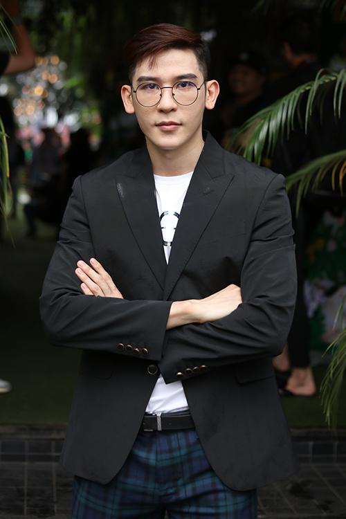 Người mẫu Minh Trung.