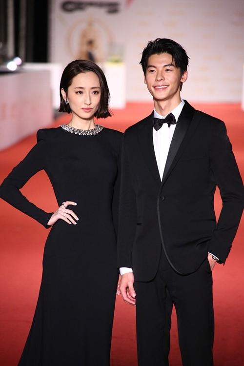 Cặp đôi đình đám gần đây của phim Muốn gặp em: Kha Giai Yến và Hứa Quang Hán.