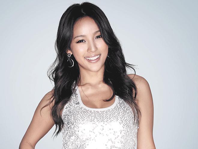 Lee Hyori .