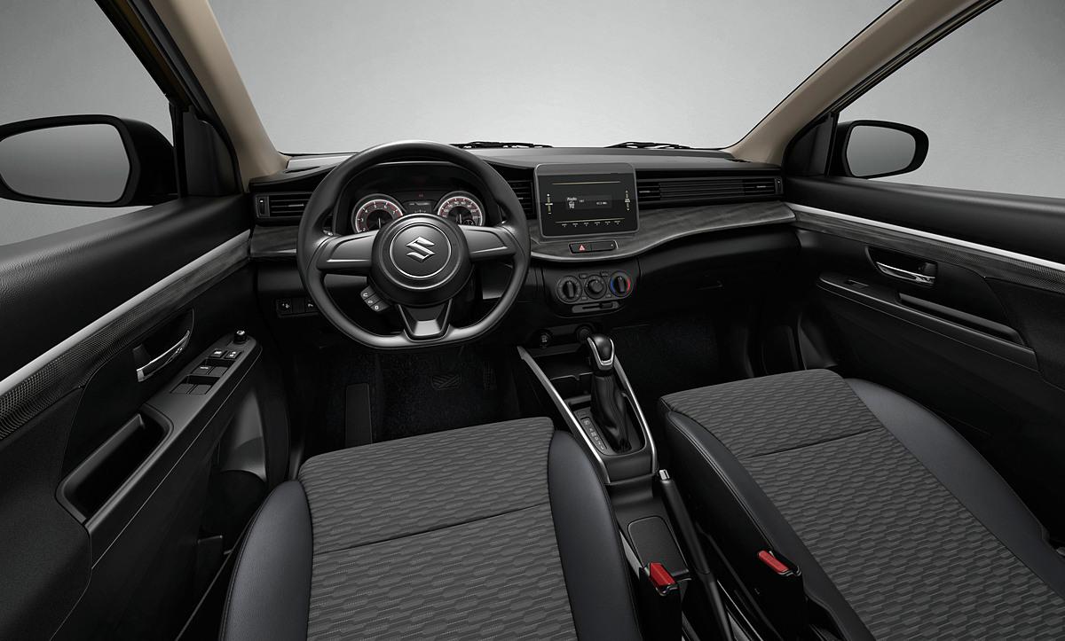 XL7 hoàn toàn mới được trang bị đầy đủ các tính năng an toàn, hiện đại.