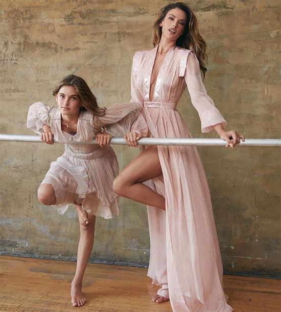Cô bé sinh năm 2008 là con đầu lòng của mỹ nhân Brazil với bạn trai cũ - doanh nhân người Mỹ Jamie Mazur.