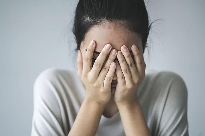 Căng thẳng là nguyên nhân hàng đầu gây ra tình trạng tích mỡ ở bụng.