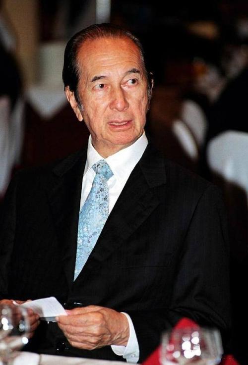 Ông Hà Hồng Sân, nguồn cảm hứng của nhiều tác phẩm truyền hình thâm cung nội chiến Hong Kong.