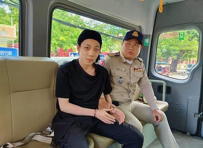 Huang bị cảnh sát Campuchia bắt khi đang lẩn trốn ở Phnom Penh hôm 17/8. Ảnh: Newsflash.