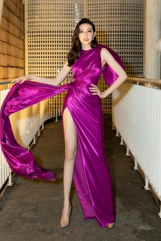 Top 5 HHVN 2018 Thùy Tiên cũng góp mặt ở sự kiện.