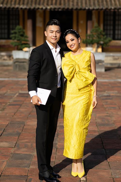 Vợ chồng nghệ sĩ Quốc Cơ - MC Hồng Phượng.