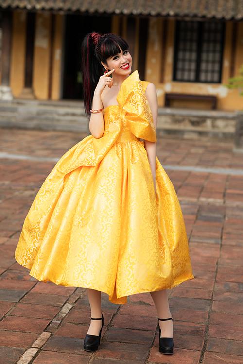 Siêu mẫu quốc tế Jessica Minh Anh.