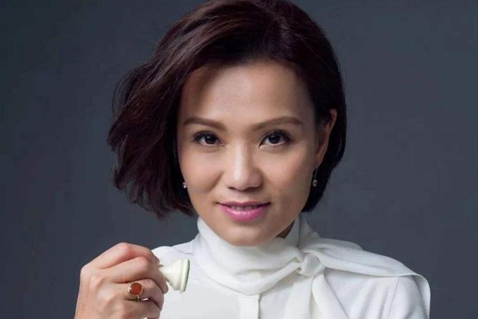 Bà Joey Wat, CEO Yum China. Ảnh: SCMP.