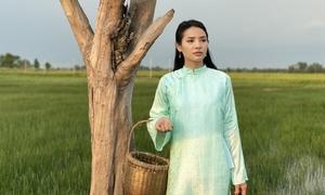 Phương Trinh Jolie 'nổi ghẻ' vì quay phim