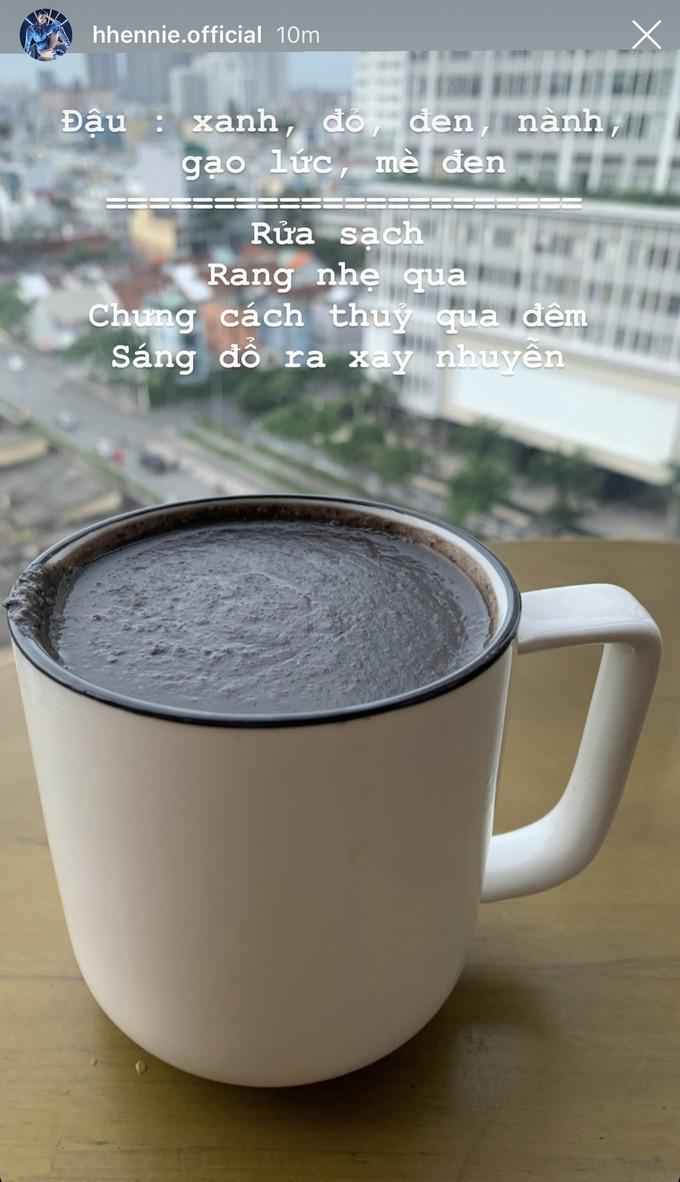 6 thức uống dưỡng da giữ dáng của sao Việt