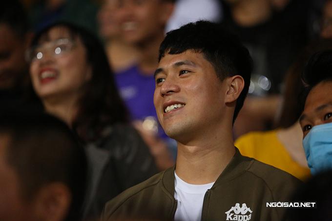 Tuy nhiên, đến phút 69, Đình Trọng cũng được ăn mừng khi Văn Quyết mở tỷ số cho đội chủ nhà từ chấm 11m.