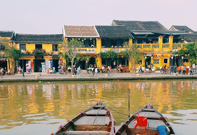 Phố cổ Hội An bên dòng sông Hoài thơ mộng. Ảnh: Nguyên Chi