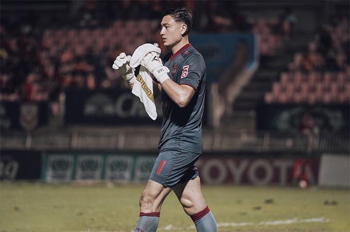 Văn Lâm lấy lại vị trí bắt chính tại CLB Muangthong United sau khi bình phục chấn thương.
