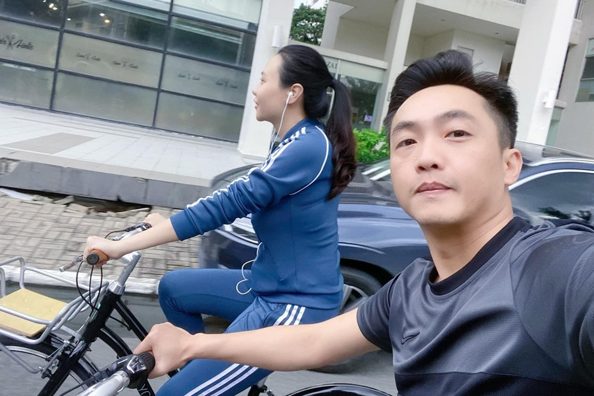 Cuộc sống bỉm sữa của vợ chồng Đàm Thu Trang - 18