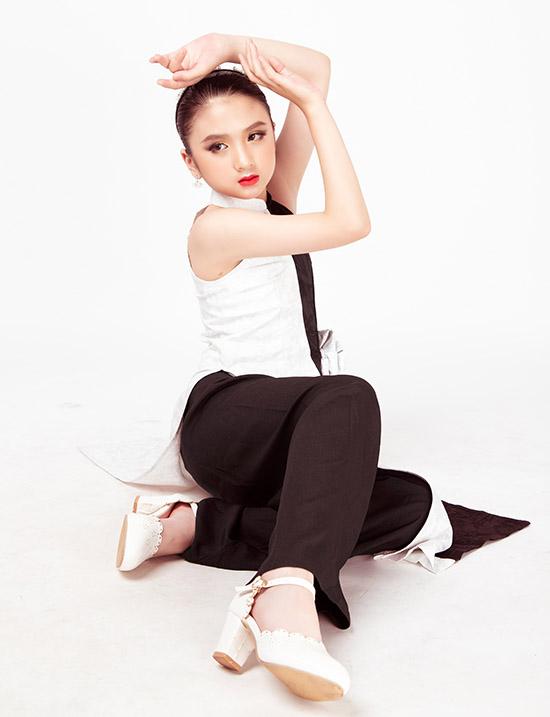 Bộ ảnh do chuyên gia trang điểm Phạm Gia Bảo, chỉ đạo mẫu nhí My Lê Nguyễn hỗ trợ thực hiện.