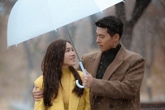 Son Ye Jin và Hyun Bin trong Hạ cánh nơi anh.
