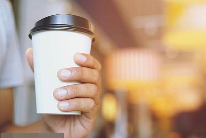 Nhân viên bảo hiểm Italy pha thuốc an thần vào cốc cà phê của đồng nghiệp nhằm tranh giành vị trí trong công ty. Ảnh minh hoạ: StockImage.