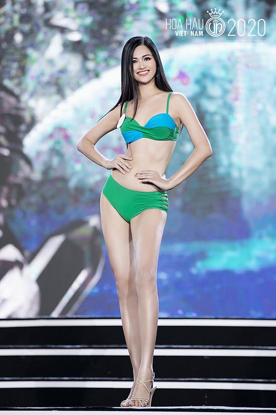 Thực tế gần một tháng qua, Thu Phương luôn toả sáng, nổi bật các hoạt động. Cô cũng thuộc nhóm ít thí sinh thể hiện tốt đêm bán kết, dễ dàng giành vé vào top 35 chung cuộc.